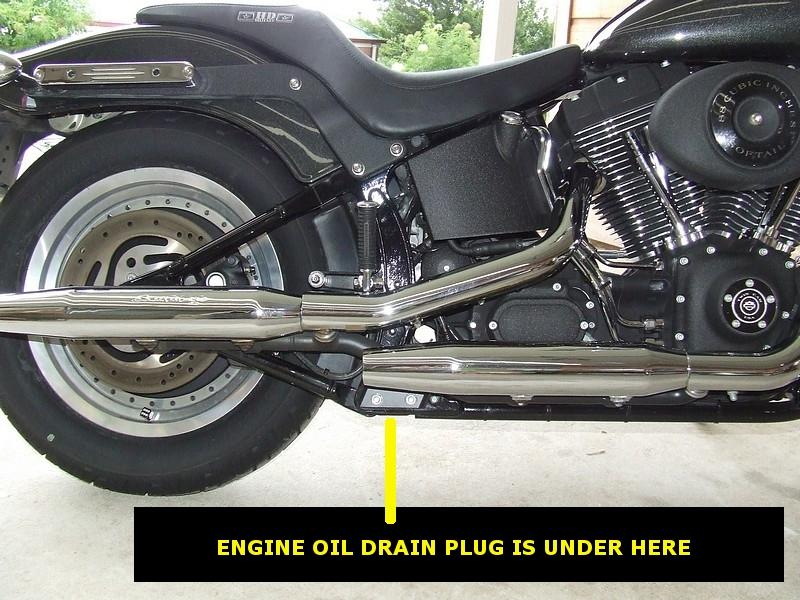 Check Oil Harley Davidson Fatboy